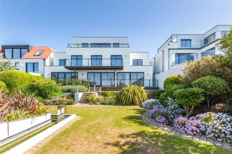 Roedean Road, Brighton, East Sussex, BN2. 5 bedroom detached house