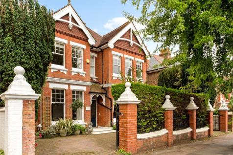 Florence Road, Brighton, East Sussex, BN1. 6 bedroom detached house