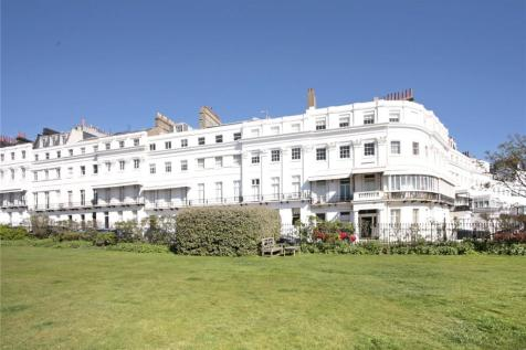 Sussex Square, Brighton, East Sussex, BN2. 3 bedroom flat for sale