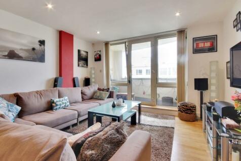 Grove Hill Road, Tunbridge Wells. 2 bedroom flat