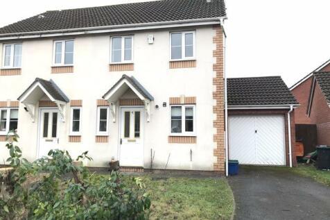 Delphinium Road, Newport. 2 bedroom semi-detached house