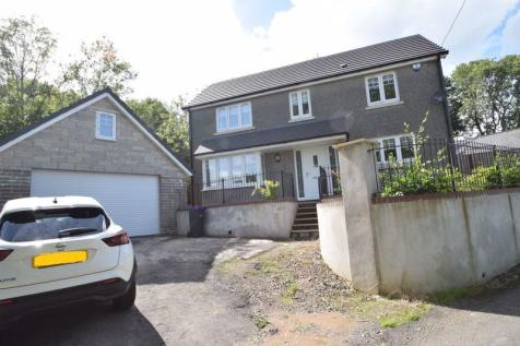 Garth Road, Cwmbran. 4 bedroom detached house