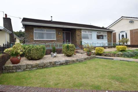 Cwrdy Close, Pontypool. 3 bedroom detached bungalow for sale