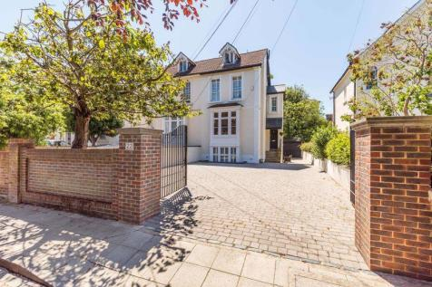 Villiers Road, Southsea. 5 bedroom semi-detached house
