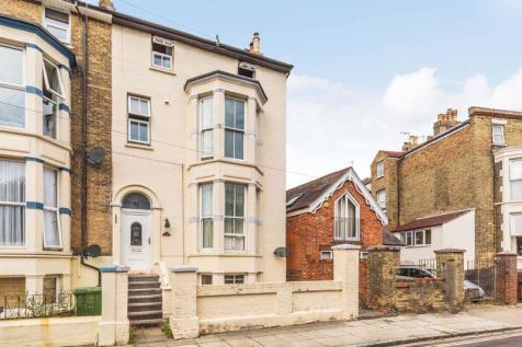 Shaftesbury Road, Southsea. 9 bedroom house of multiple occupation for sale