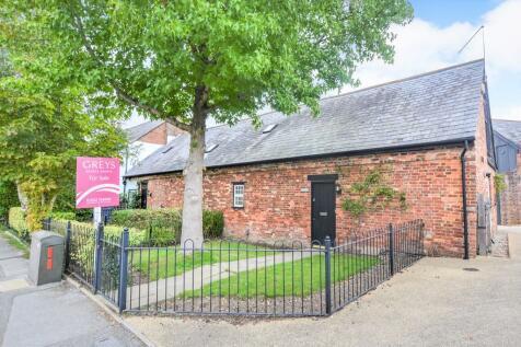 Tatnam Road, Tatnam, Poole. 3 bedroom barn conversion
