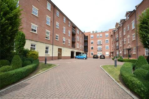 Harry Davis Court, Armstrong Drive, Worcester, WR1. 2 bedroom apartment