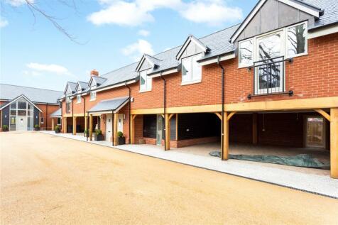 Endless Street, Salisbury, Wiltshire, SP1. 3 bedroom semi-detached house for sale