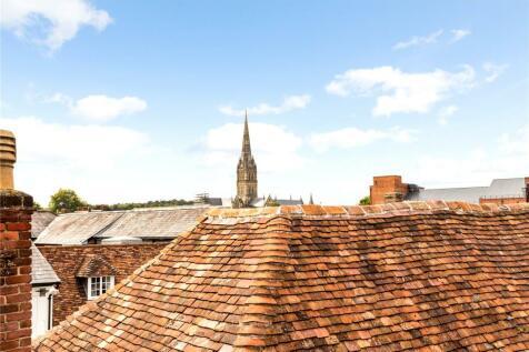 Pennyfarthing Street, Salisbury, Wiltshire, SP1. 2 bedroom mews house for sale