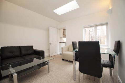 St. Giles Close, Reading, Berkshire, RG1. 1 bedroom apartment