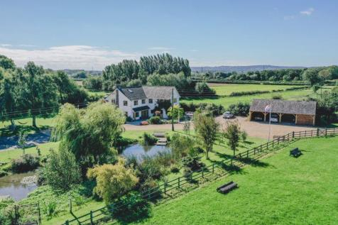 Bandalls Lane, Barrow Upon Soar. 5 bedroom equestrian facility