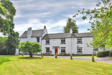 Main Street, Osgathorpe. 6 bedroom character property