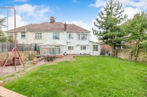 Darland Avenue, Gillingham, ME7. 5 bedroom semi-detached house