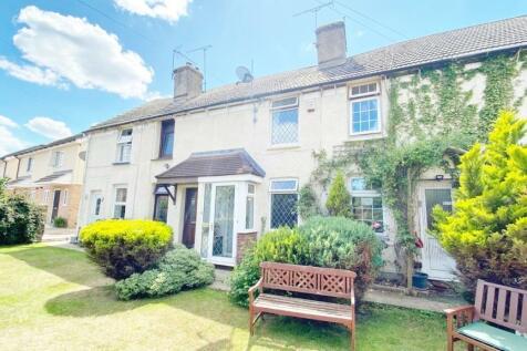 Lower Rainham Road, Gillingham, ME7. 2 bedroom terraced house