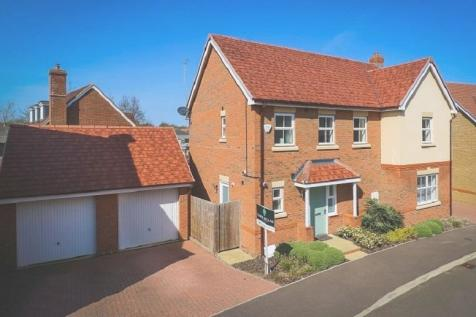 Longmead, Buntingford. 4 bedroom detached house