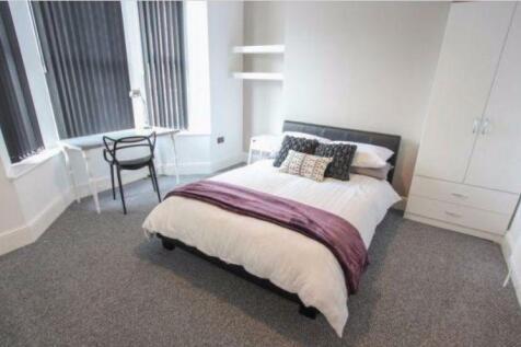 Sheil Rd, Kensington. 4 bedroom terraced house