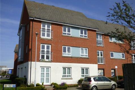 Newfoundland Drive, Poole, Dorset. 2 bedroom apartment