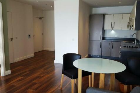 New Village Avenue, London, E14. 1 bedroom apartment