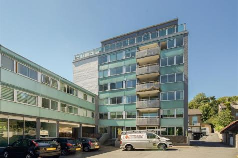 London Road, Brighton, BN1 6YL. 2 bedroom apartment