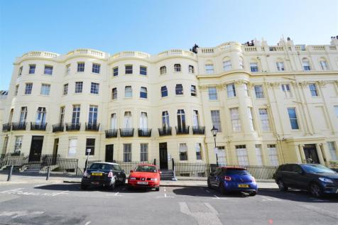 Brunswick Place, Hove, BN3 1EB. 1 bedroom apartment