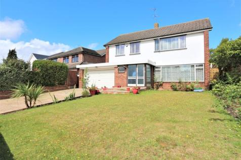 Great Owl Road, Chigwell, Essex, IG7. 4 bedroom detached house for sale