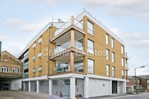 Sadlers Court, Wilds Rents, London, SE1. 1 bedroom apartment