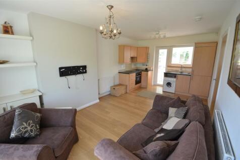 Riseholme Bungalows, Denmark Grove, Mapperley Park. 1 bedroom semi-detached bungalow