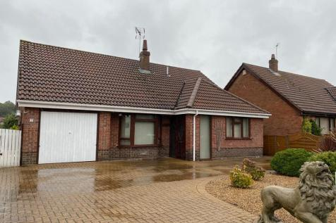 Arthurton Road, Spixworth, Norwich. 3 bedroom detached bungalow