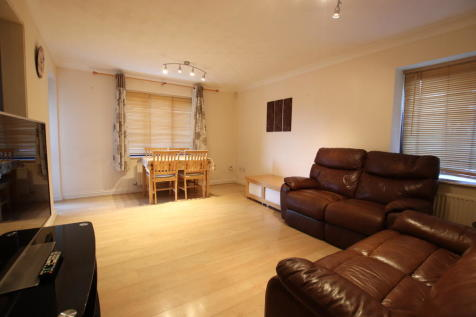 Scott Road, Thorpe Park, Norwich. 2 bedroom apartment