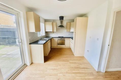 Heol Y Porthladd, BARRY. 3 bedroom house