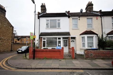 Lion Road, London. 3 bedroom end of terrace house