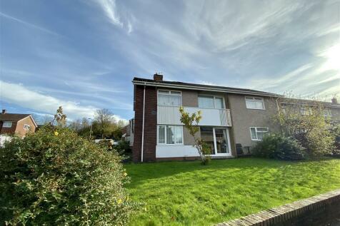 Pembroke Place, Llanyravon, Cwmbran. 2 bedroom flat