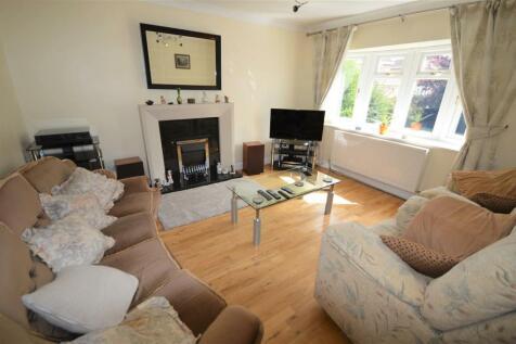 Blantern Way, Wrexham. 3 bedroom detached house for sale