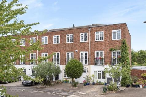 Topiary Square, Richmond. 3 bedroom terraced house for sale