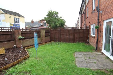 Raglan Street, Gloucester, GL1. 1 bedroom apartment