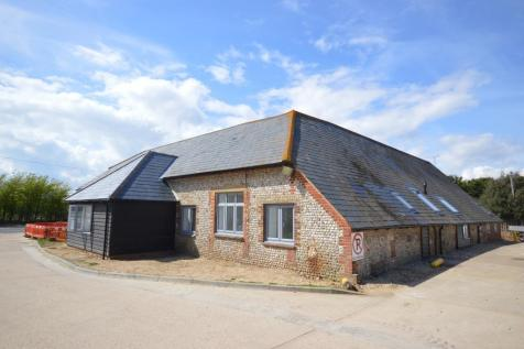 Home Farm Courtyard, Chichester Road, Selsey, PO20. 1 bedroom flat