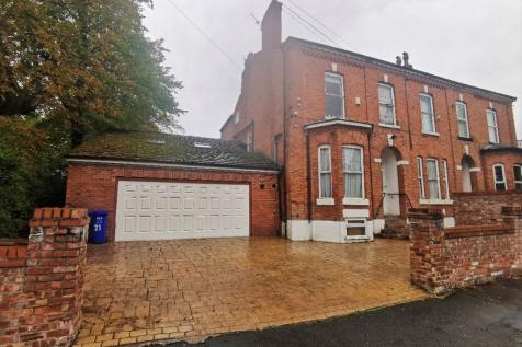 Heaton Road, Withington, Manchester, M20. 9 bedroom semi-detached house for sale