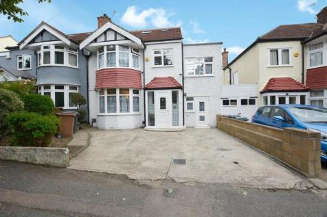 Beacontree Avenue, London. 7 bedroom semi-detached house