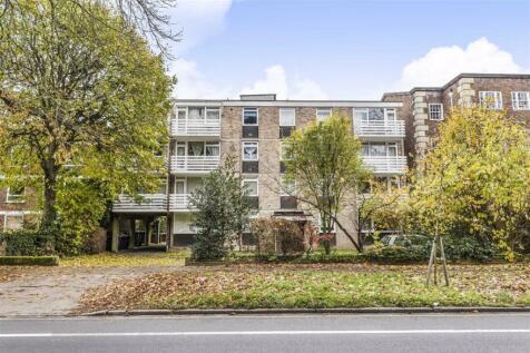 Kew Road, Richmond. 2 bedroom flat