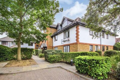 Marksbury Avenue, Kew. 1 bedroom flat