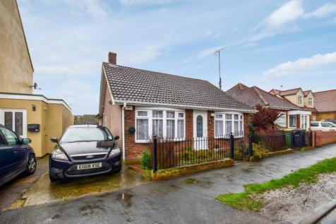 Twyford Avenue, Great Wakering, Southend-on-Sea, SS3 0EU. 4 bedroom detached house