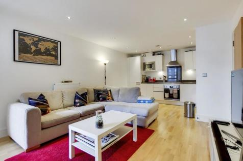 Canary View, Greenwich, SE10 9DY. 1 bedroom apartment