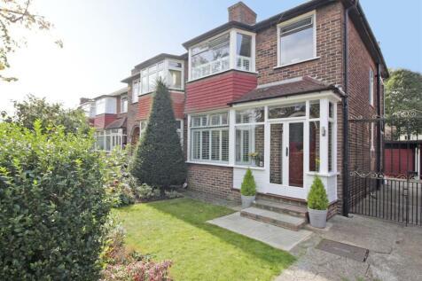 Bushmoor Crescent, Shooters Hill. 3 bedroom semi-detached house