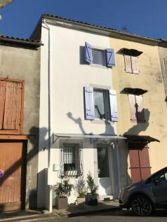 Léran, Ariège, Midi-Pyrénées. 2 bedroom village house