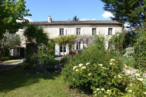 Peyrefitte-du-Razès, Aude, Languedoc-Roussillon. 4 bedroom country house