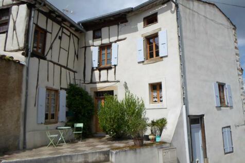 Caudeval, Aude, Languedoc-Roussillon. 3 bedroom village house