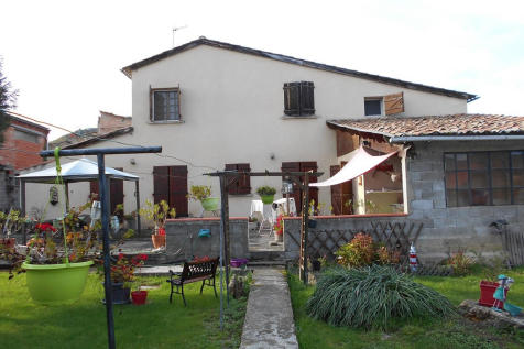Aigues-Vives, Ariège, Midi-Pyrénées. 3 bedroom village house