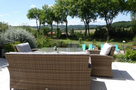 Bellegarde-du-Razès, Aude, Languedoc-Roussillon. 6 bedroom detached house