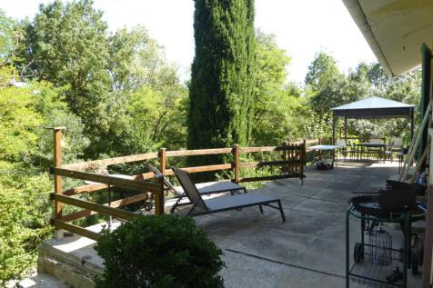 Chalabre, Aude, Languedoc-Roussillon. 3 bedroom detached house