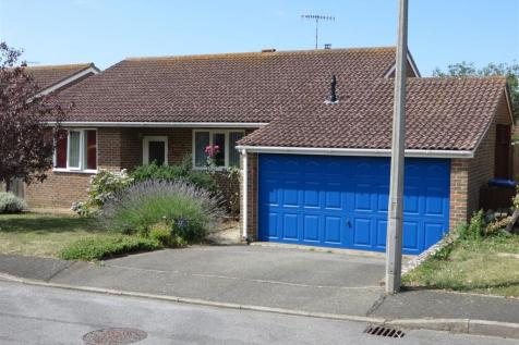Kingston Way, Seaford. 3 bedroom detached bungalow for sale
